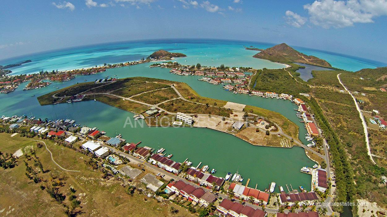 Plots on Harbour Island