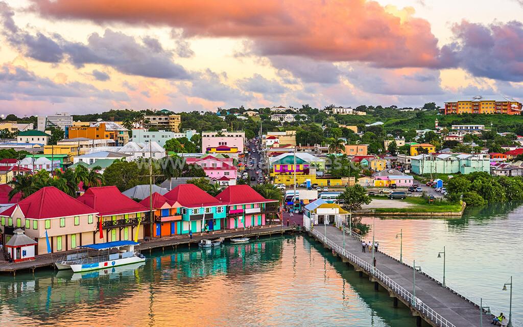 Antigua Port